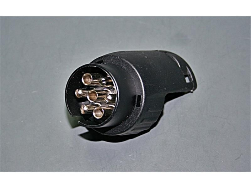 ahk adapter stecker 7 polig auf 13 polig steckdose 3 97. Black Bedroom Furniture Sets. Home Design Ideas